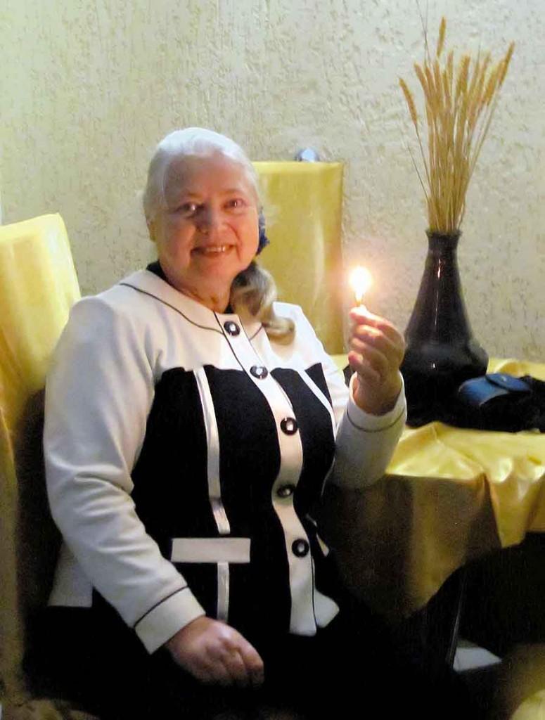 Учасниця Фестивалю-конкурсу літературного напрямку — Анна Журавльова.