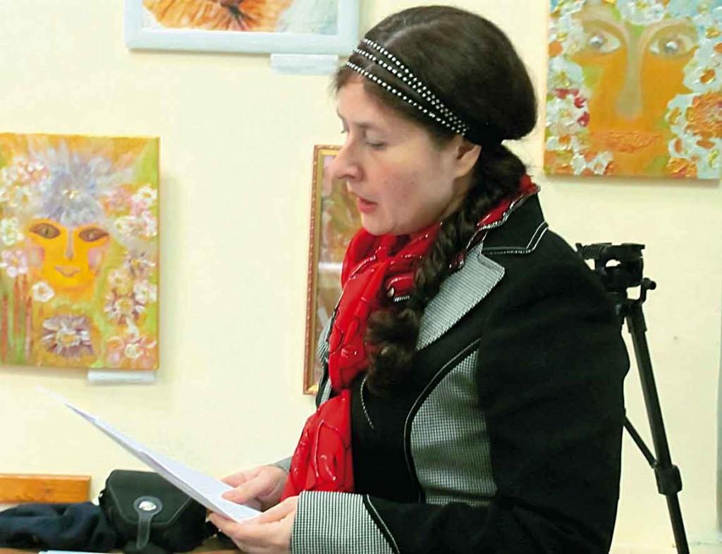 Учасниця Фестивалю-конкурсу літературного напрямку - Світлана Потера.