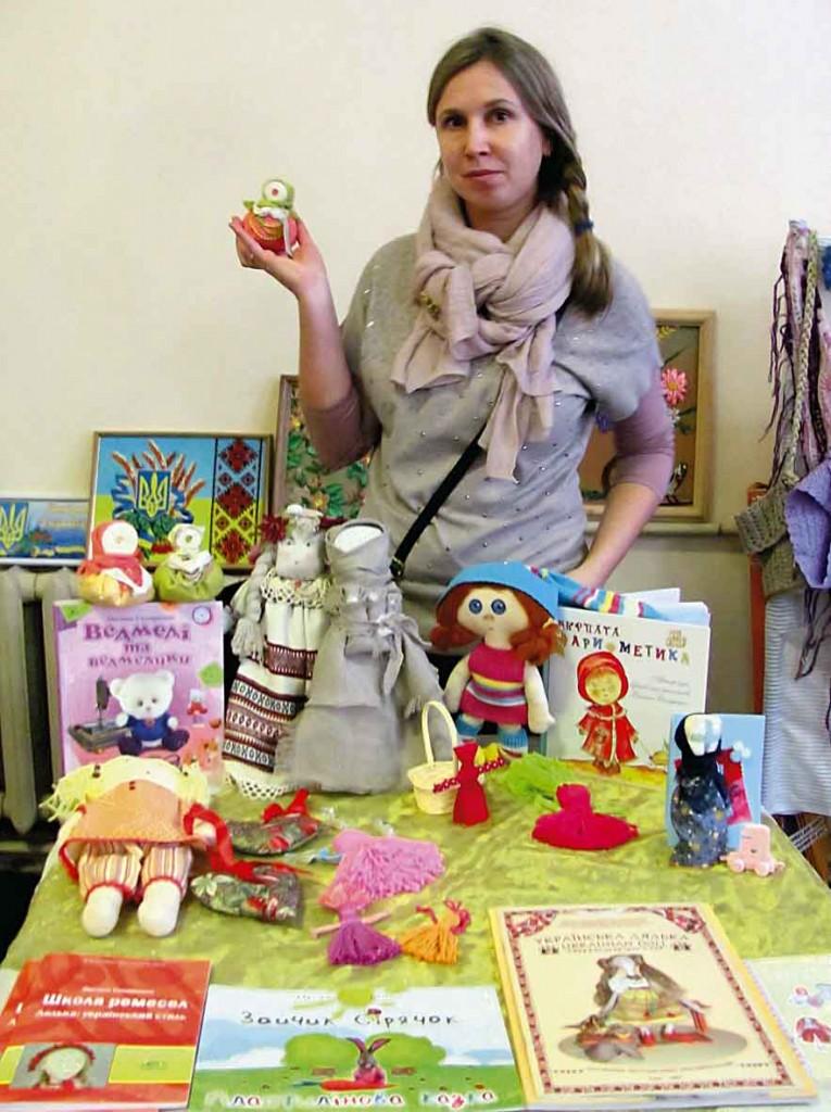 "Народна експерементальна майстерня ""Українська народна лялька"", Оксана Скляренко, народна майстриня."