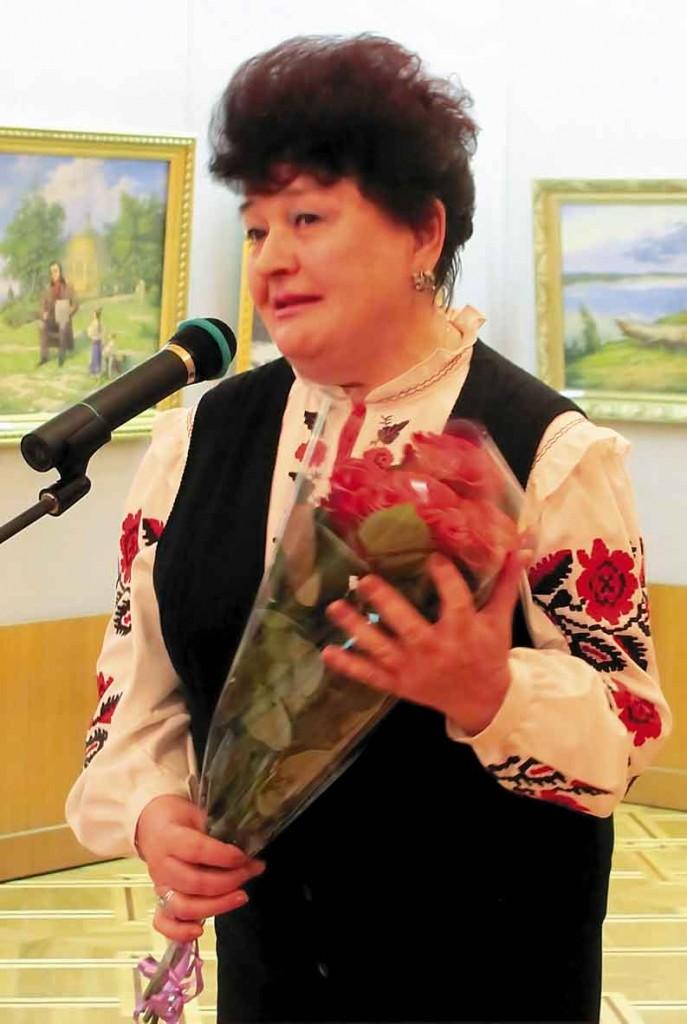 Вітає та співає Мовчан Ольга Яківна, Заслужена артистка України.