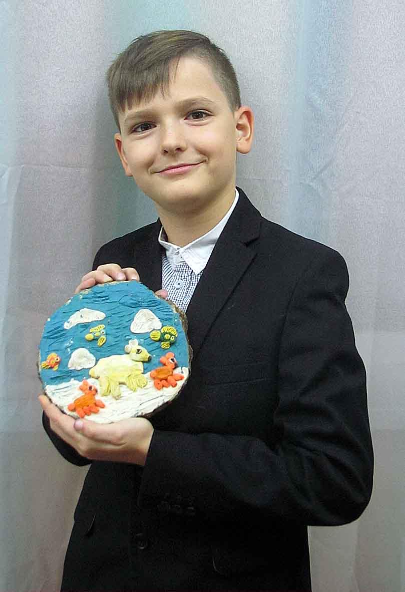 Руденко Анастасія, 10 років. Білий ведмедик.