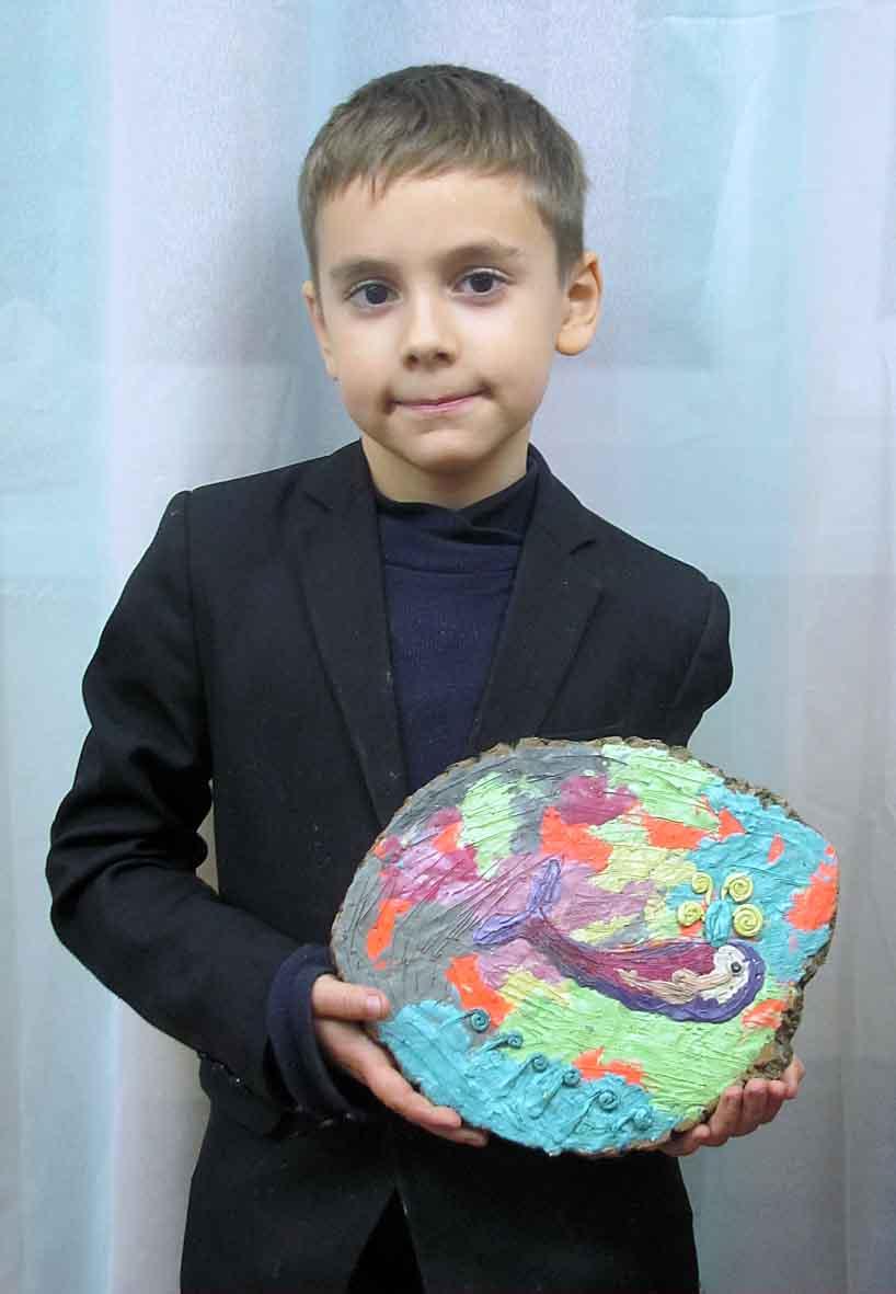 Кольоровий кит. Смиринський Микита, 8 років.